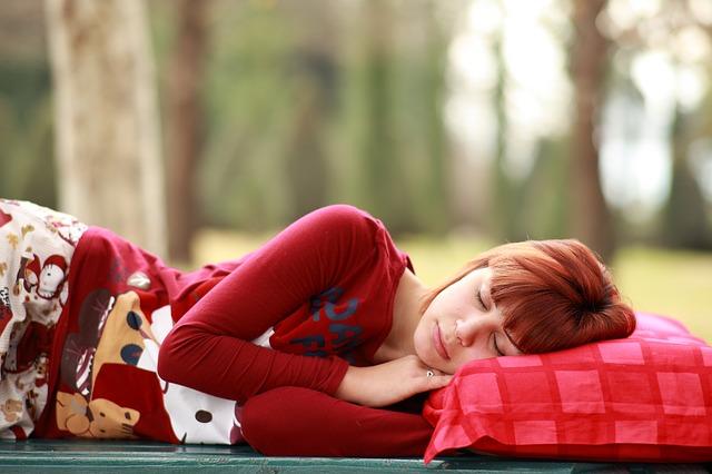 Sposoby na kłopoty z oddechem podczas snu