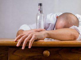 Alkoholizmw domu